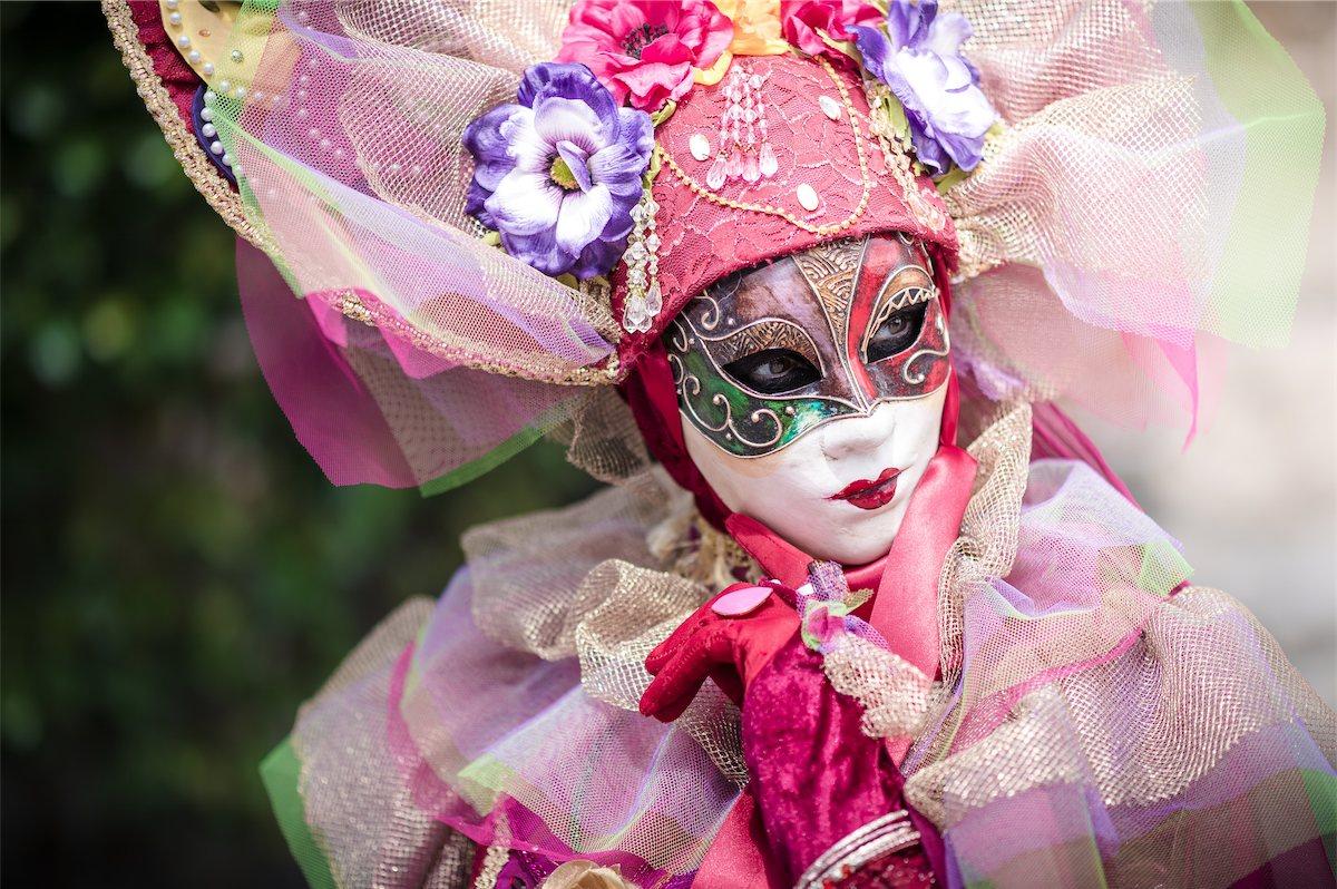portrait masque venitien annecy fantastique féérique imaginaire magique contes mode Photographe grenoble Isere Marie-Cat Photographies